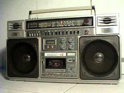 clairtone 7979 vintage boombox ghetto blaster 1980 39 s youtube. Black Bedroom Furniture Sets. Home Design Ideas