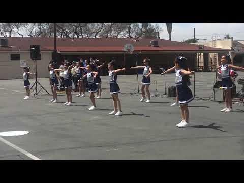St Helen School Cheer