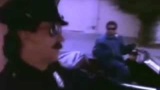 Teledysk: N.W.A. - Straight Outta Compton