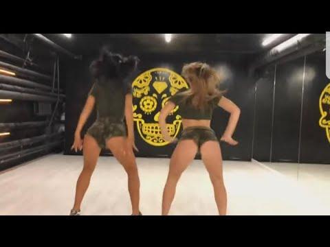 Yürek Hoplatan Kızlar  dans show
