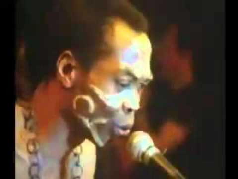 Fela Kuti Live : Teacher Don't Teach Me Nonsense (1986)