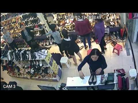 Cửa hàng nhỏ thu hút hàng nghìn lượt khách mỗi ngày