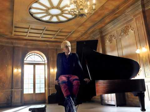 明明就 [Ming Ming Jiu] - 周杰伦 Jay Chou Album 《十二新作》【MP3 DL Link】