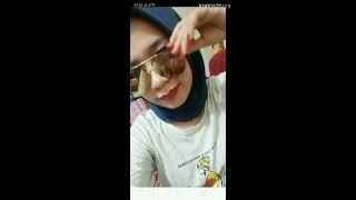 Pakek Jilbab Tapi Maen Joy Live Buka Baju Lagi