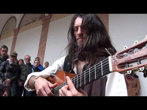 Estas Tonne - Golden Dragon Internal Flight Image 1