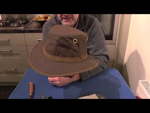 d3311dabb Tilley Outback TWC7 Waxed Cotton - YouTube