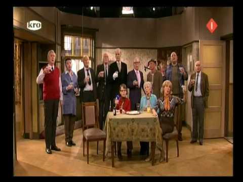 TWGHG   S07E110   Pantomime
