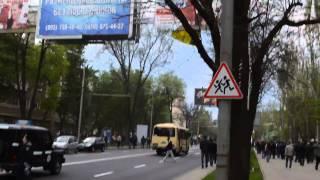 Столкновения в Донецке с майдановцами 28.04.2014 (полная версия)