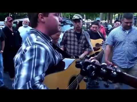 I ain't broke but I'm badly bent - bluegrass jam!