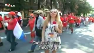 Dutch Fans Vs Sexy Ukrain Journalist Голландцы и харьковский репортер