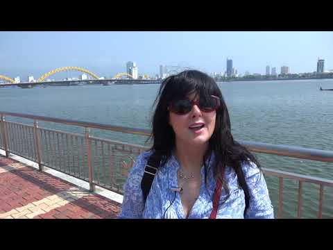 Marian Keyes' World tour - Da Nang