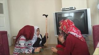 أخبار خاصة: أطفال سوريون يعلمون اللغة التركية بمقاطع تمثيلية على فيسبوك