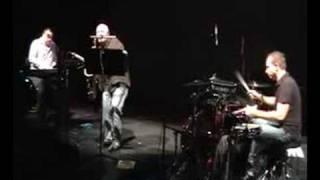 Loop Doctors feat Brandon Fields - Brain - sax solo
