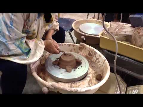 Pottery finishing the bottom