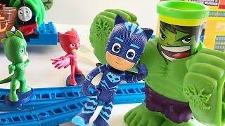 PJ MASKS SUPER PIGIAMINI Italiano - I Super Pigiamini combattono Hulk per liberare il Trenino Thomas