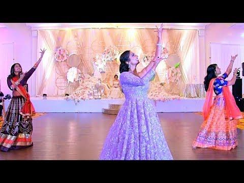 Bollywood Dance Mix! Ghoomar, Nagada Sang Dhol, Dhimmathirige || Deepica Mutyala