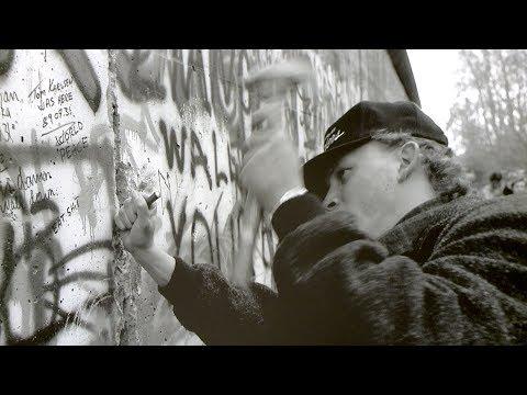 Inaugurata la mostra 'Cade il Muro di Berlino'