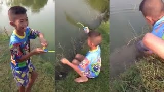 Repeat youtube video ดังไปทั่วโลก ฝรั่งแชร์คลิปเด็กไทยใช้เบ็ดของเล่นตกปลา และนี้คือขนาดปลาที่เขาตกได้   คลิปข่าว ข่าวเด่น