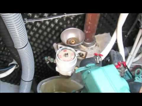 S/V Honeymoon Engine Maintenance Volvo Penta MD2030 (Ep28)