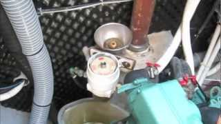 S/V Honeymoon Engine Maintenance Volvo Penta MD2030 (Ep28)