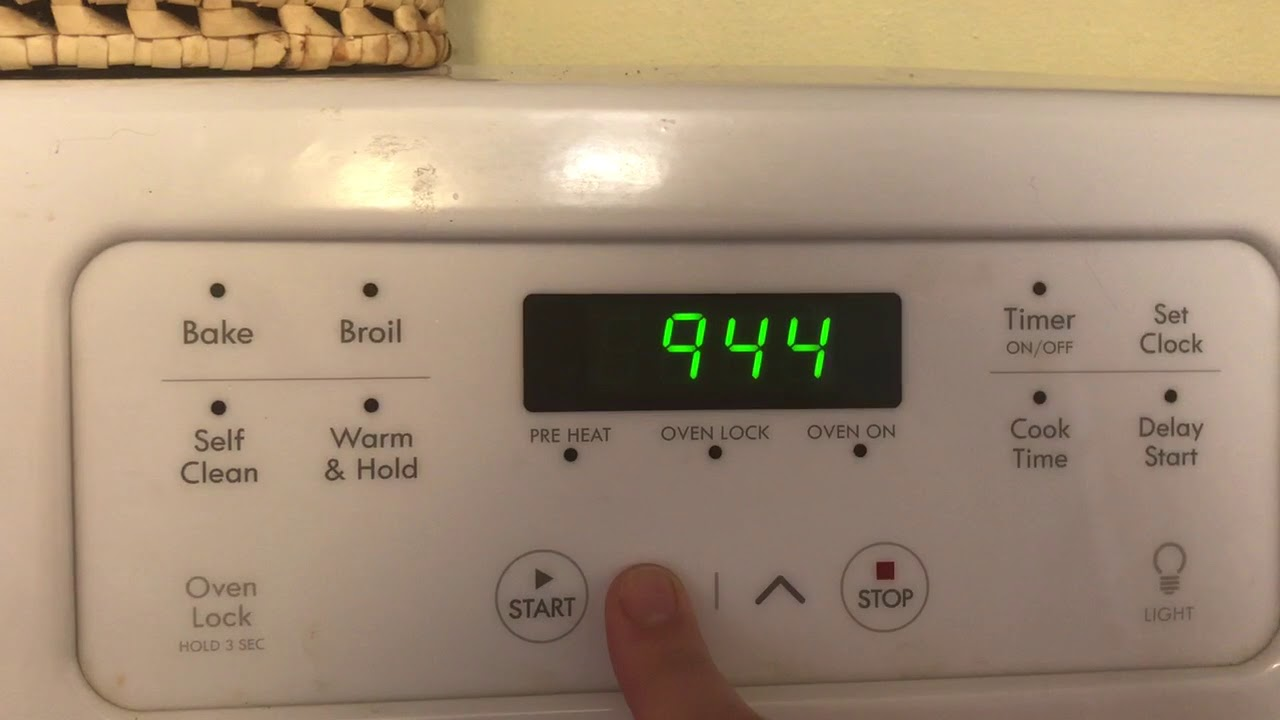 d3fe3e291cb How to set a clock on a Kenmore Stove - YouTube