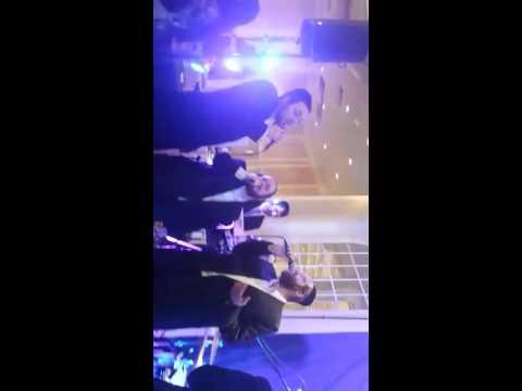 Yehuda Aderet sings Rozoh