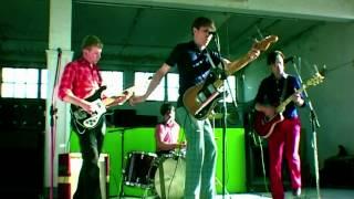 Franz Ferdinand - Darts Of Pleasure (Official Video)