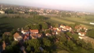 Let nad Batajnicom - kasno popodne