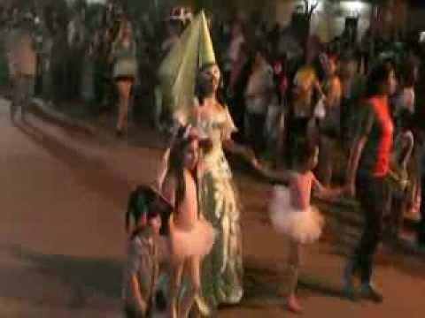 desfile de carrozas septiembre 2013