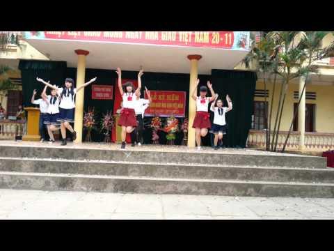 Nhảy Việt Nam ơi và Rửa tay 11A12   Phổ thông Triệu Sơn