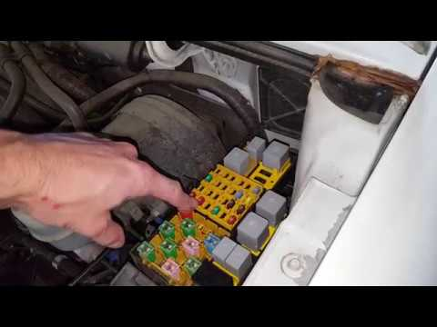 2007 ford ranger ac fuse and relay youtube. Black Bedroom Furniture Sets. Home Design Ideas