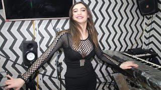 Clip Cheba Samar 2019 Fel Khlat Tel3ab Dis 10 (( Video HD +18 ))  شابة سمر ترقص و تغني هبال