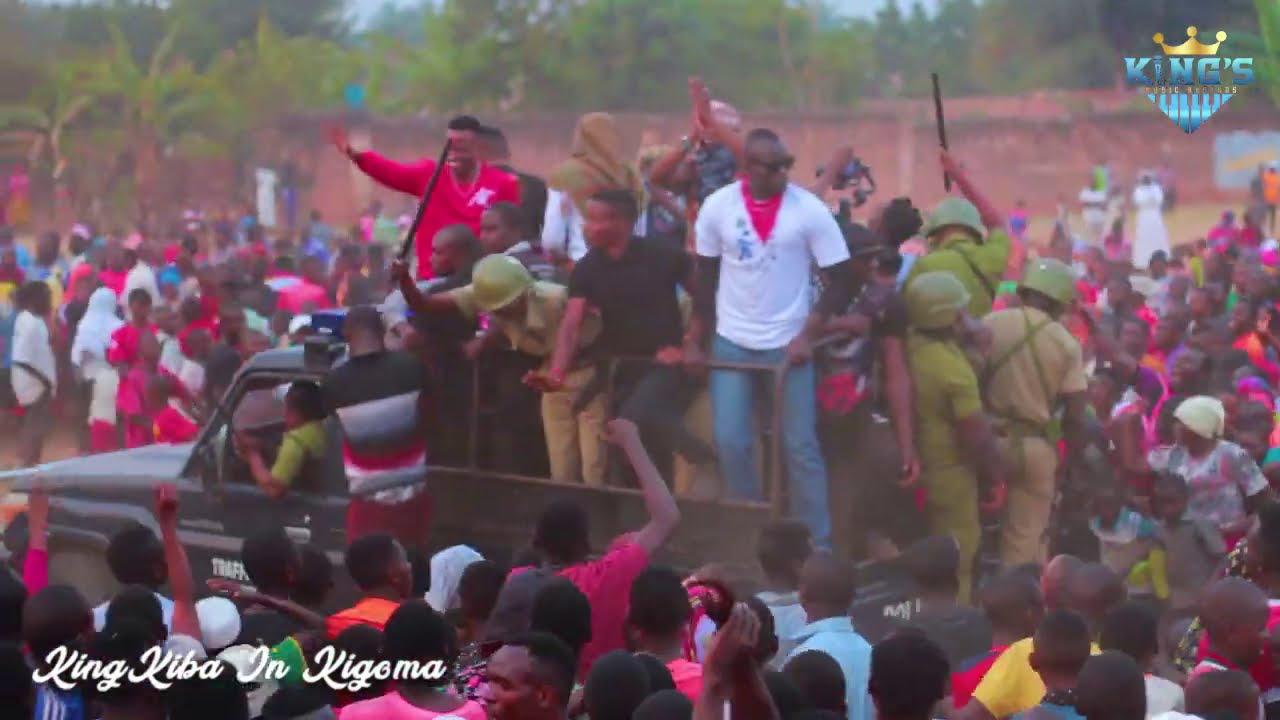 Alikiba asimamisha shughuli Kigoma Mjini - Homecoming Concert