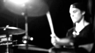 LIFERUINER - Kids Wanna Rock (Official Music Video)