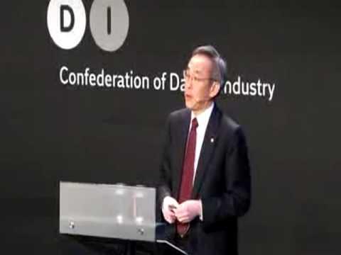 United States Secretary 7 of Energy Steven Chu speaking at