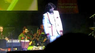 Download Sonu Nigam Live in Seattle - Mera Pehla Pehla Piyar Hai MP3 song and Music Video