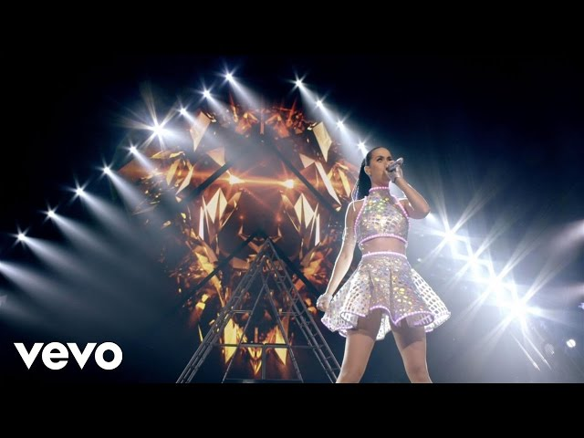 "Katy Perry - Roar (From ""The Prismatic World Tour Live"")"