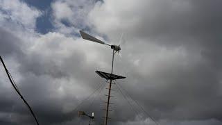 Работа ветрогенератора ДАЧНИК на ветре 3 6 метра в секунду