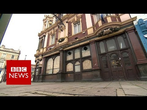 Housing crisis: BBC finds families in disused pub - BBC News