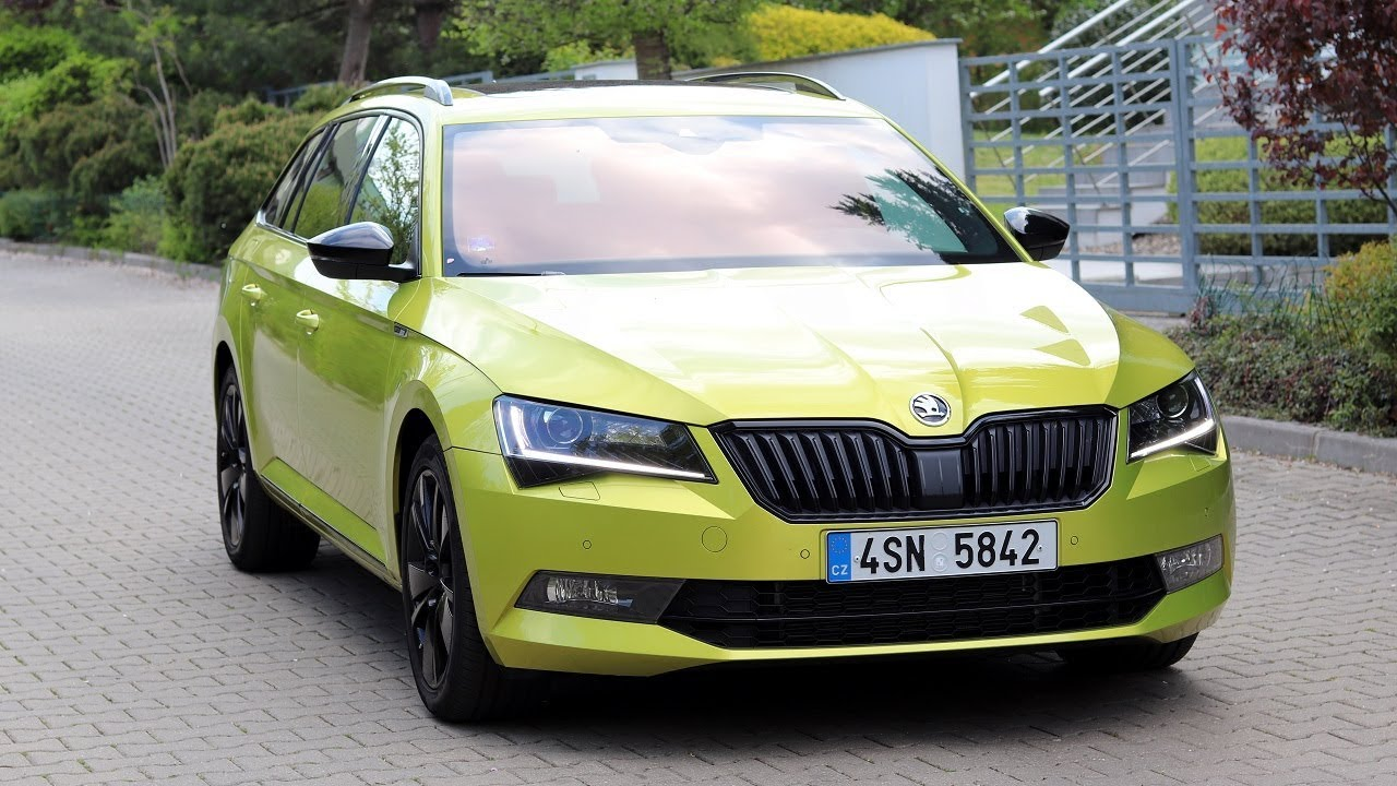 New 2019 Skoda Superb Combi Sportline Detailed Walkaround Exterior Interior