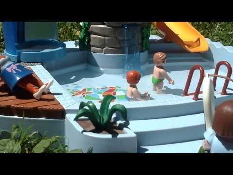 Mini film playmobil une journ e la piscine youtube for Piscine playmobil
