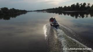 Drone controlled by the boat - Drohne Bootsfahrt - Schwedt - Oder, Querfahrt, Kanal