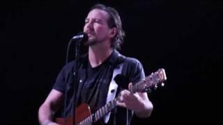 Just Breathe - Pearl Jam (Rio de Janeiro 06.11.11) HD