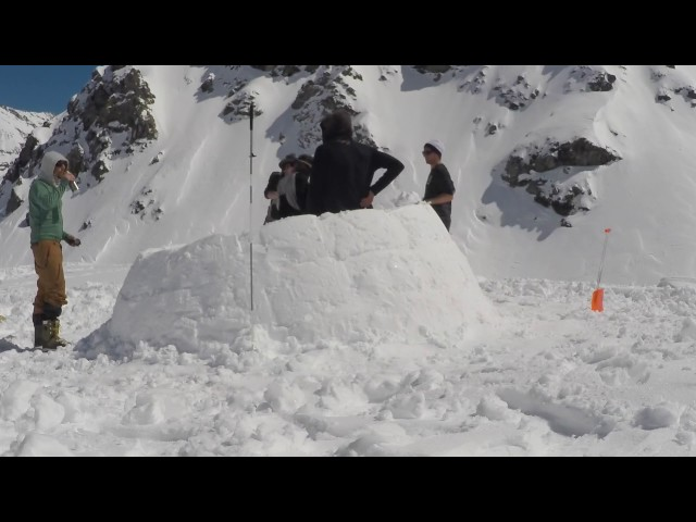 How to build an igloo in 90 minutes | Financial Times