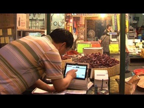 S. Korea's traditional markets go high-tech