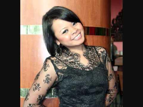 Siti Sarah Raisuddin - Berkumpul Disini (Lagu Raya).wmv