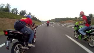 Repeat youtube video IKRR & RKS fly to Port Dickson 3 Mei 2014