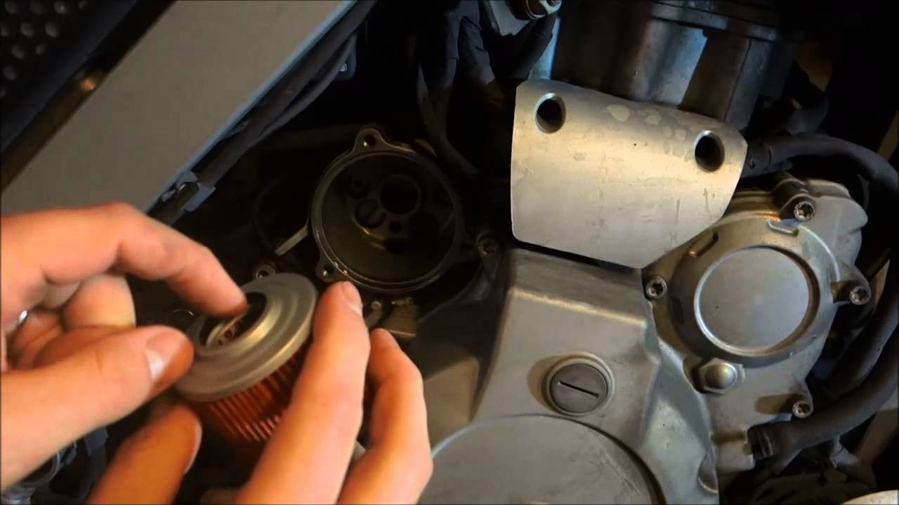 bmw f650 gs - k&n oil filter does not quite fit my motorcycle