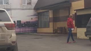 Молодой человек 'под кайфом' в Омске (19.09.2017)