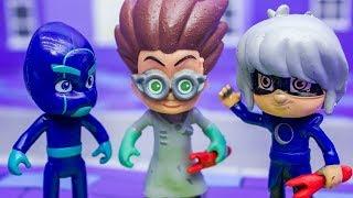ГЕРОИ В МАСКАХ! Злая Лунная девочка ОБЕСТОЧИЛА ГОРОД! Видео с игрушками! Мультики для детей